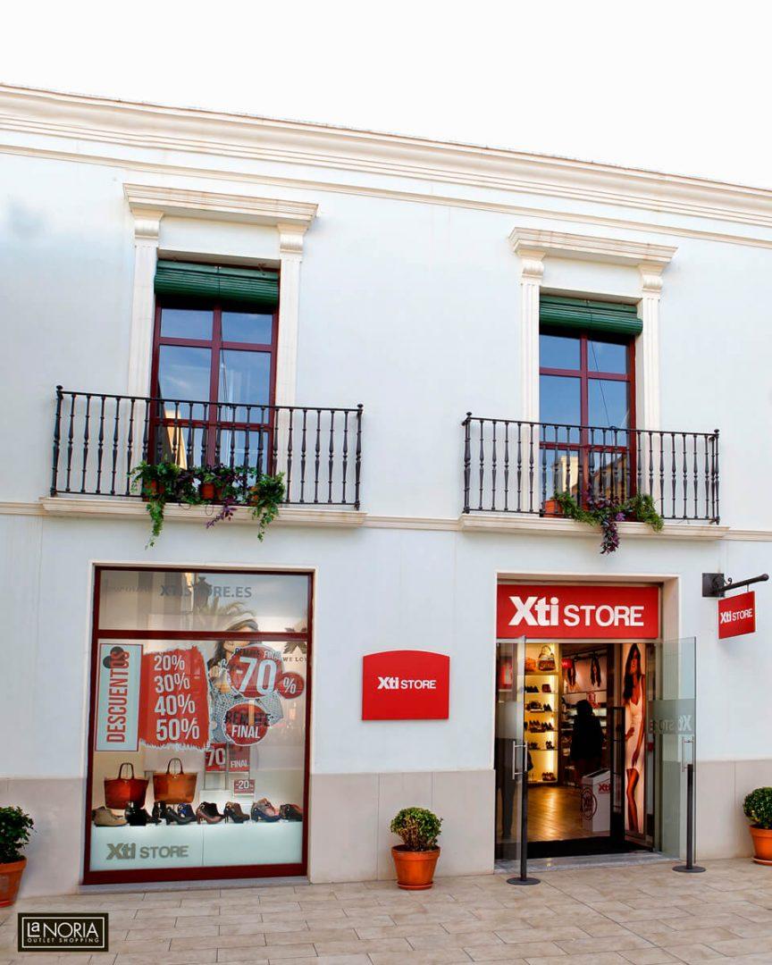 Xti Store Outlet en Murcia   centro comercial La Noria