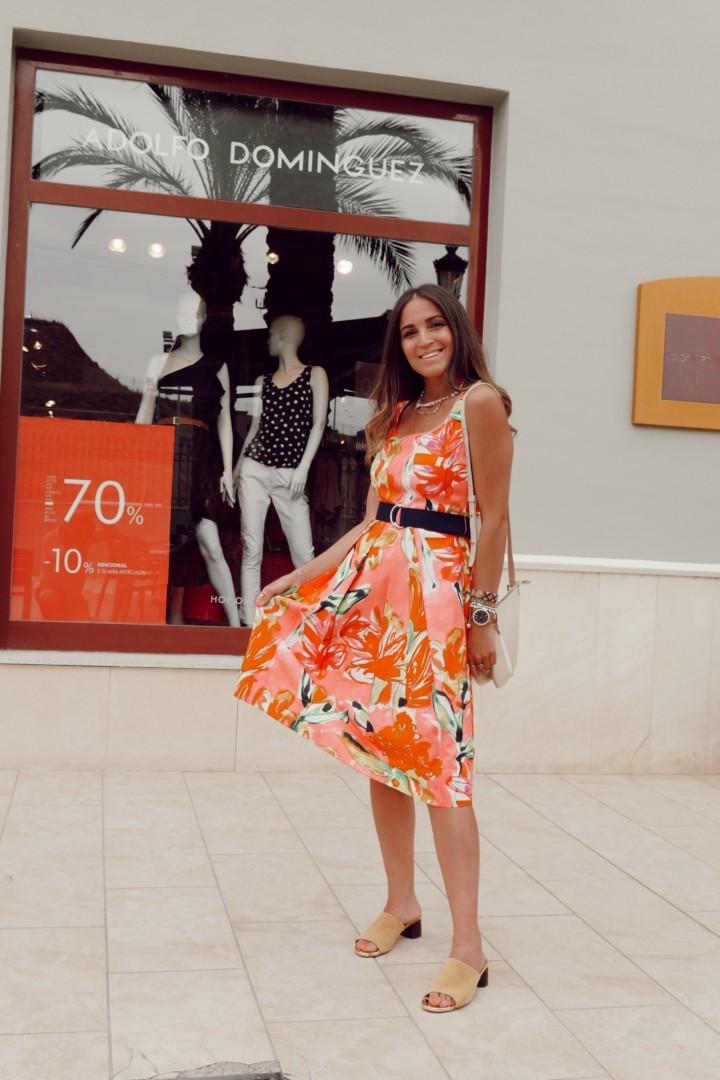 Vestido de Adolfo Domínguez