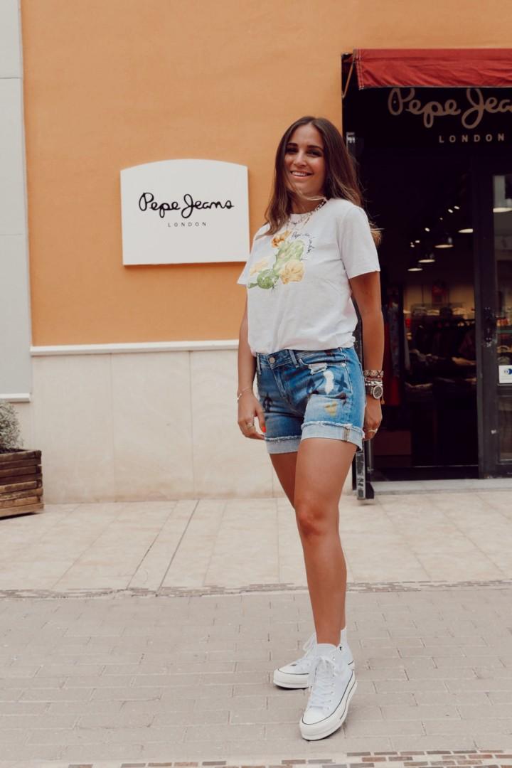 Camiseta y pantalón denim en Pepe Jeans