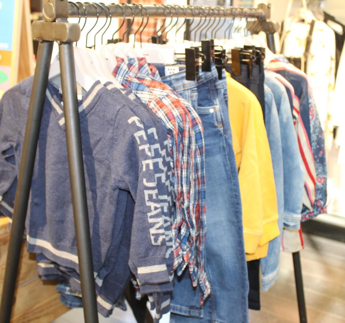 Gran variedad de prendas para la vuelta al cole en Pepe Jeans