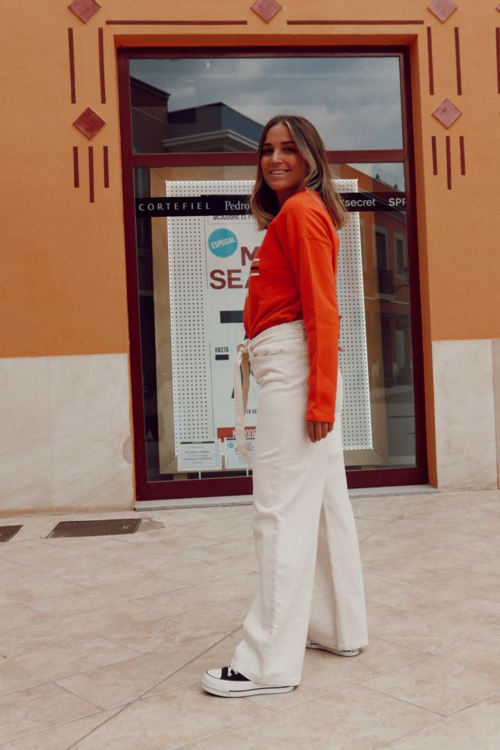 Pantalón de talle medio y corte palazzo en Fifty Factory