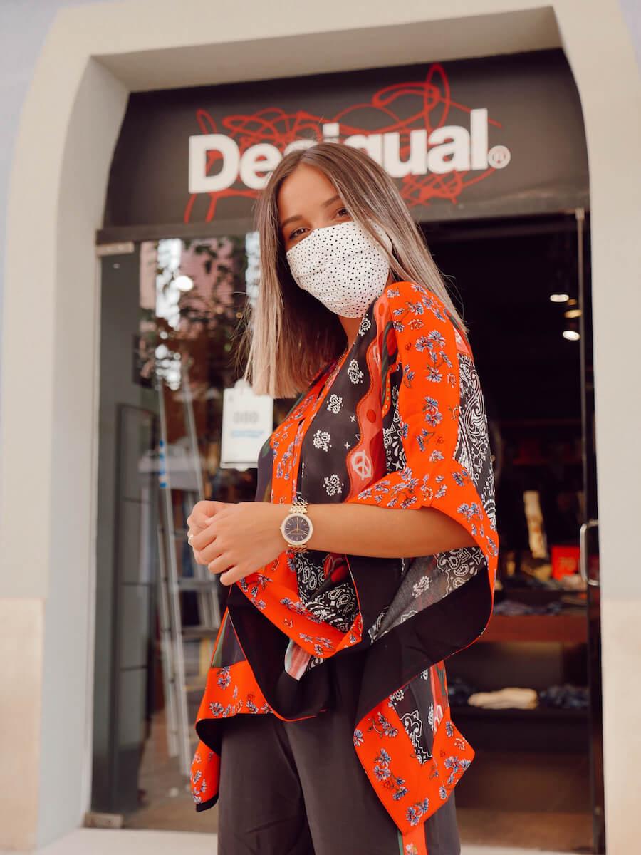 Selección de prendas de temporada en Desigual de La Noria Outlet Murcia